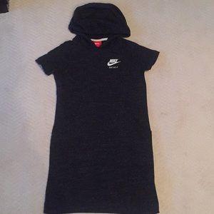 NIKE NEW GIRLS T-SHIRT HOODED DRESS (S)